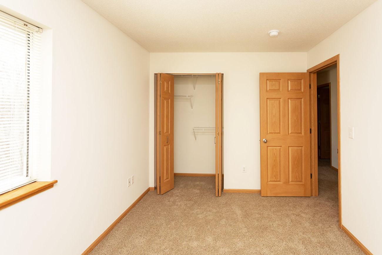 3 Bedroom: Bedroom
