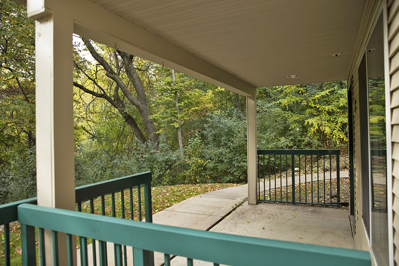 The Aspen (1 Bedroom): Spacious patio (grills allowed!)