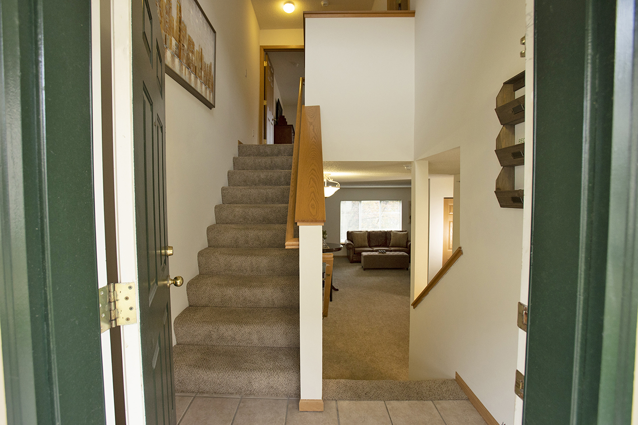 The Birch (2 Bedroom): Split-level floor plan options for a true townhome feel
