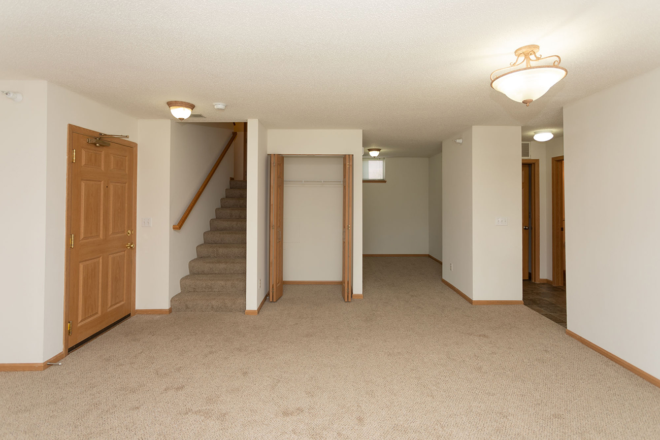 3 Bedroom: Featuring den perfect for office space or playroom!
